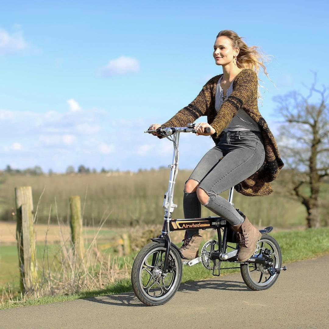 R5 الدراجة الكهربائية