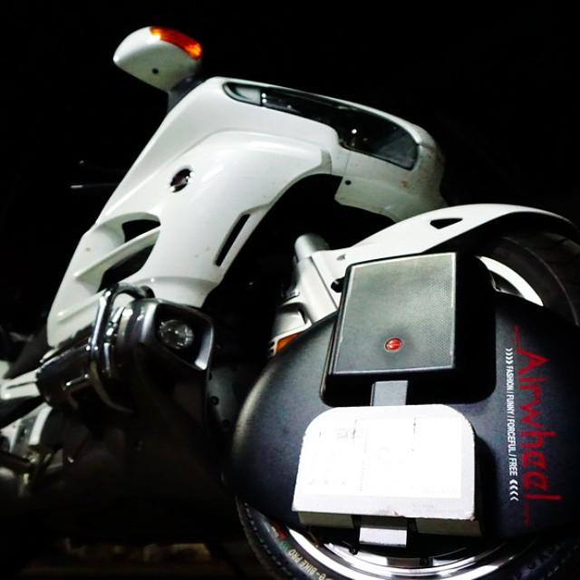 Airwheel X8  سكوتر بعجلة واحدة