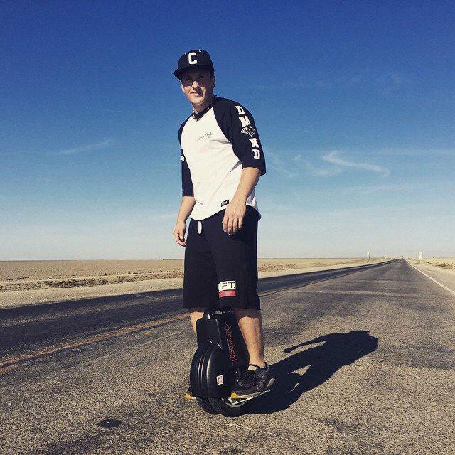 Airwheel Q3,  دراجة التوازن الذاتي