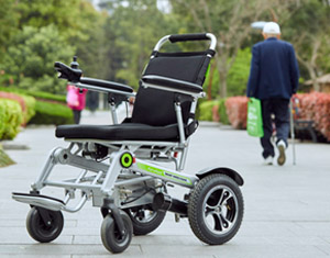 Airwheel H3T floding electric wheelchair
